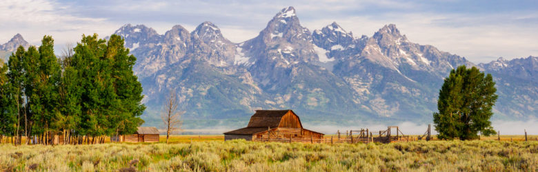 Grand Teton Nationalpark - Farmhaus vor dem Grand Teton