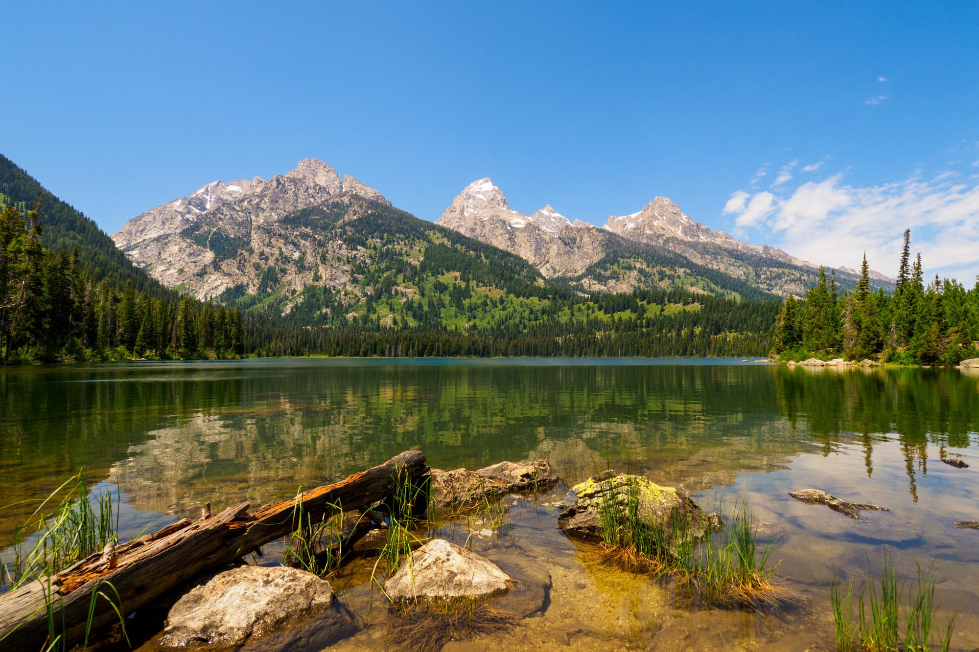 Grand Teton Nationalpark - sicht vom Taggert Lake auf den Grand Teton