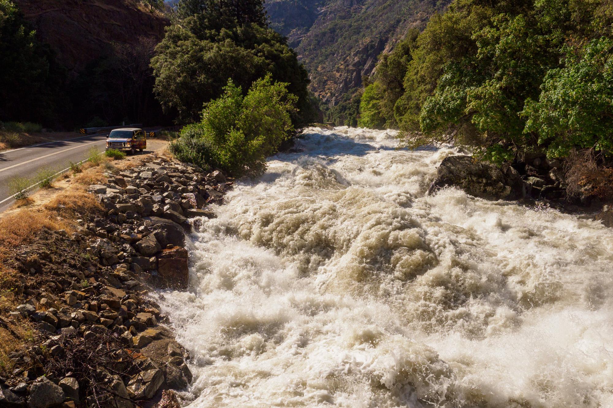 Kings Canyon Nationalpark - Tosende Wassermassen des South Fork Kings River