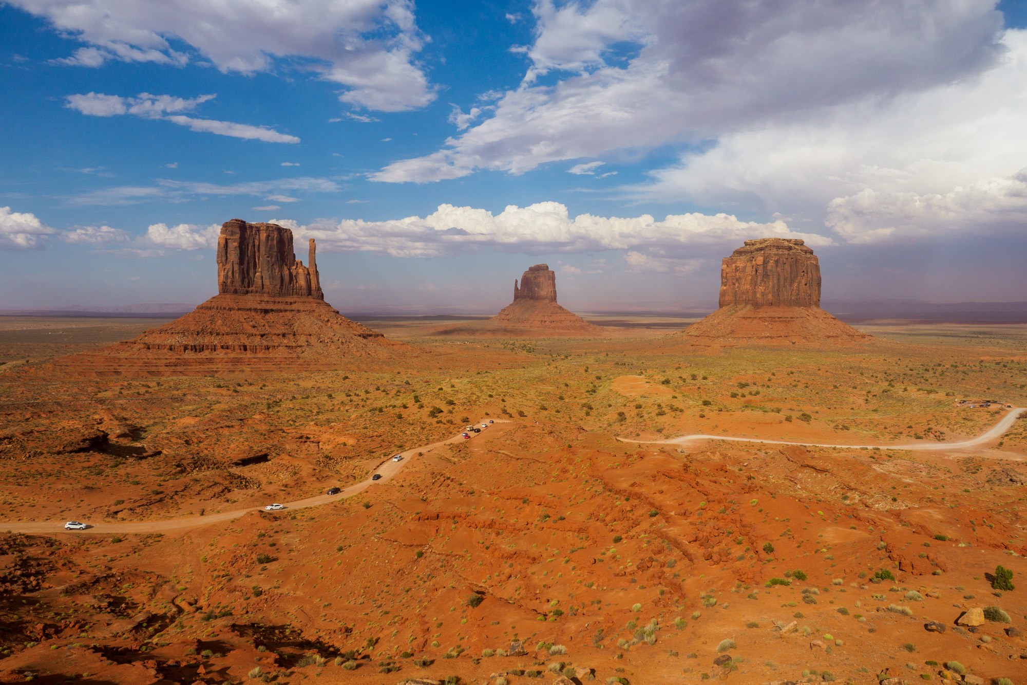 Monument Valley - Valley Drive