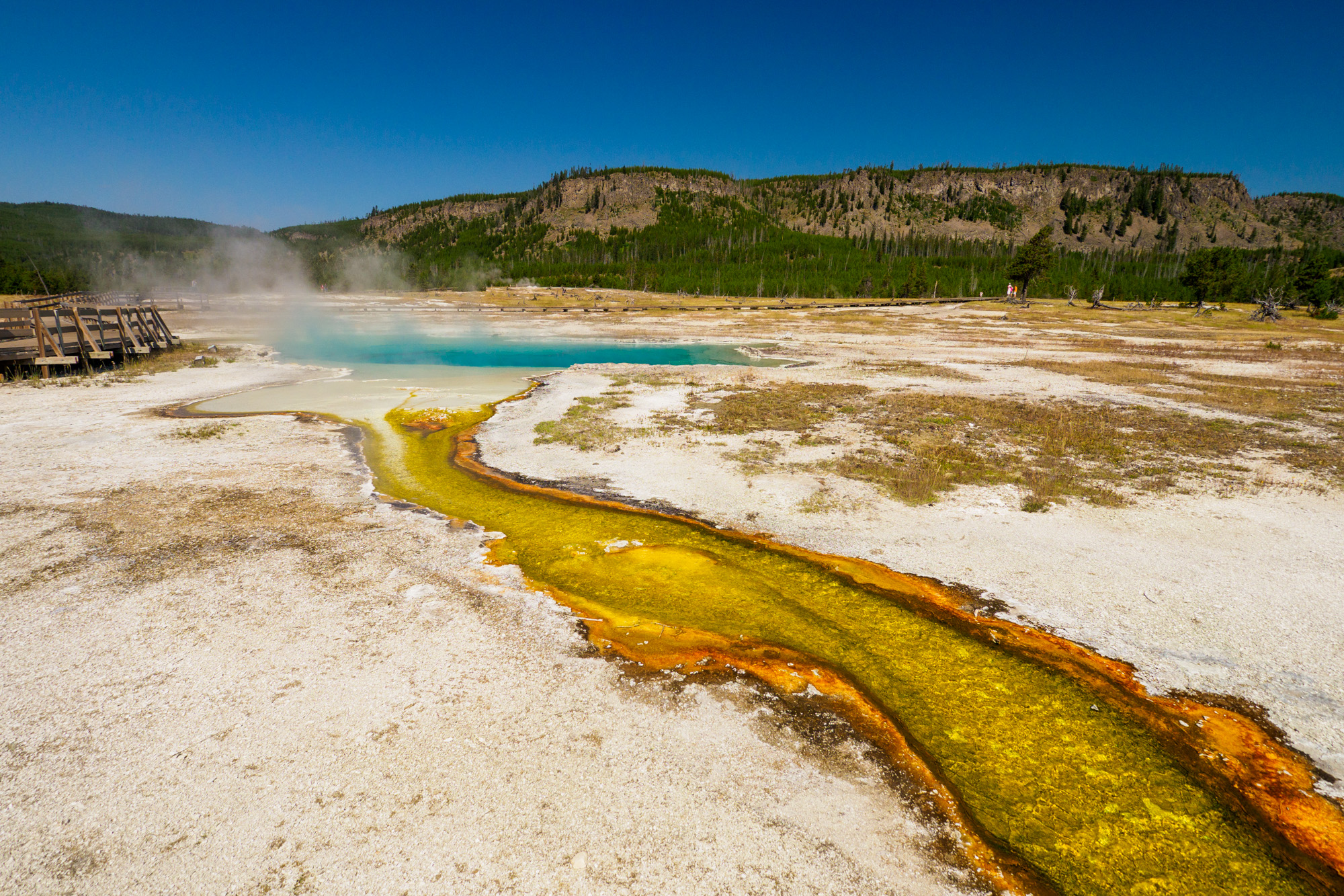 Yellowstone Nationalpark - Saphire Pool im Biscuit Basin