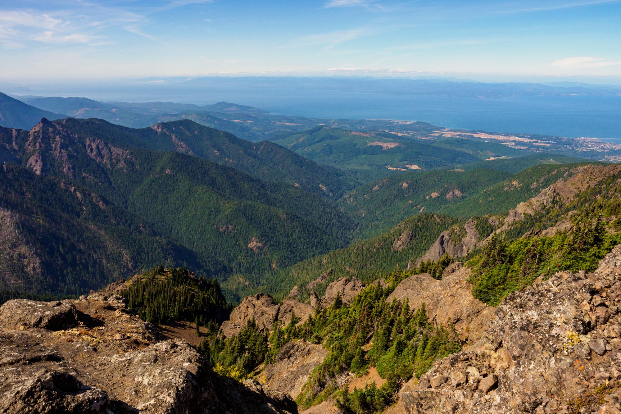 Olympic Nationalpark - Blick vom Mount Angeles Richtung Meeresarm Strait of Juan de Fuca
