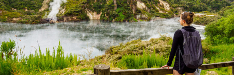 Rotorua und Taupo - Frying Pan Lake im Waimangu Volcanic and Thermal Valley