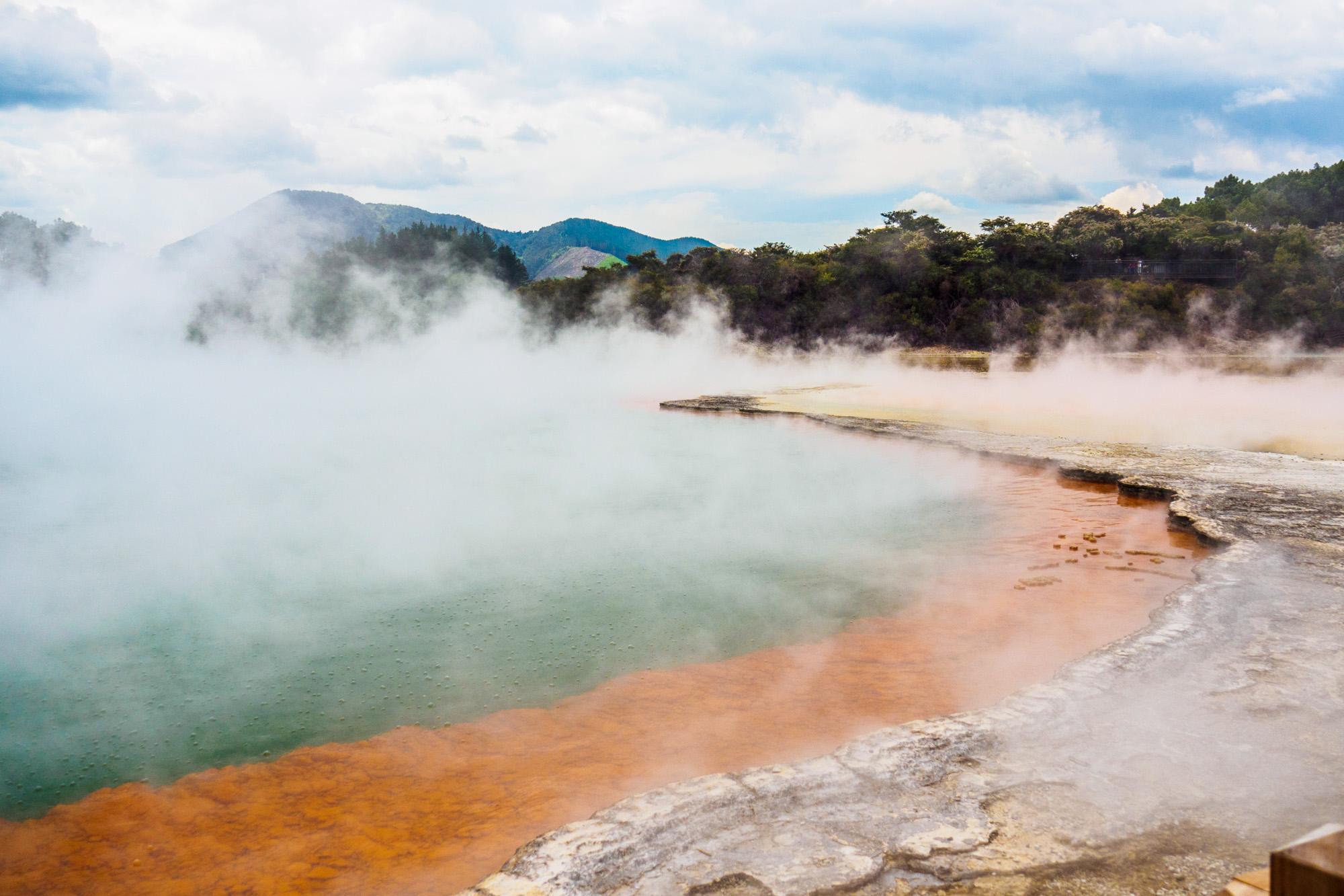 Rotorua und Taupo - Champagner-Pool in Wai-O-Tapo