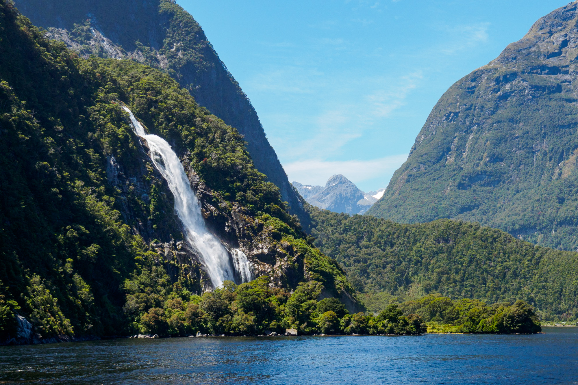 Milford Sound - Bowen Fall