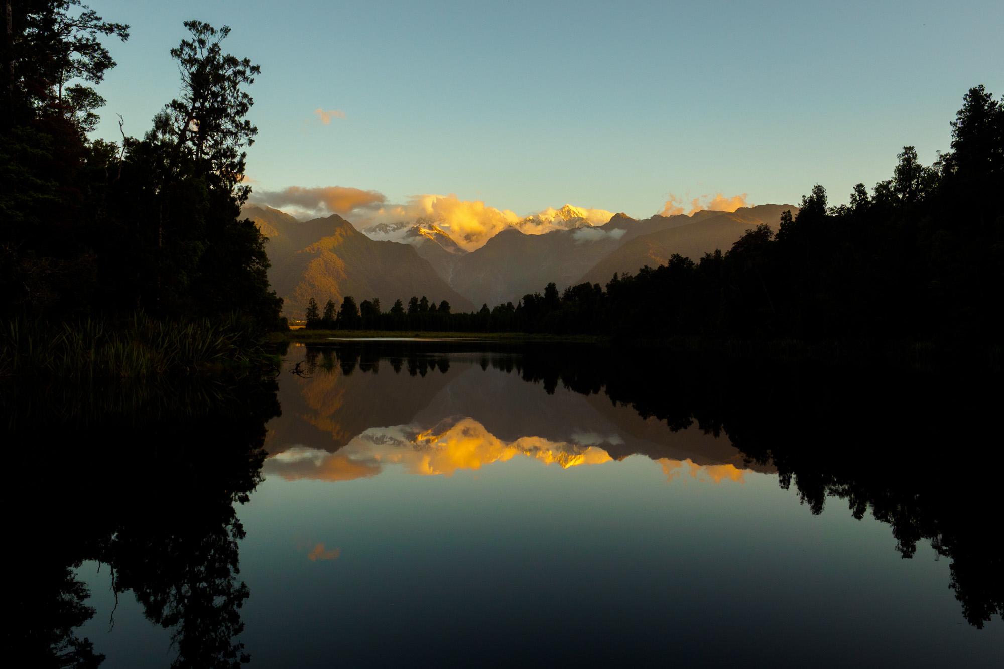 Westküste - Spiegelung des Aoraki Mt Cook am Lake Matheson