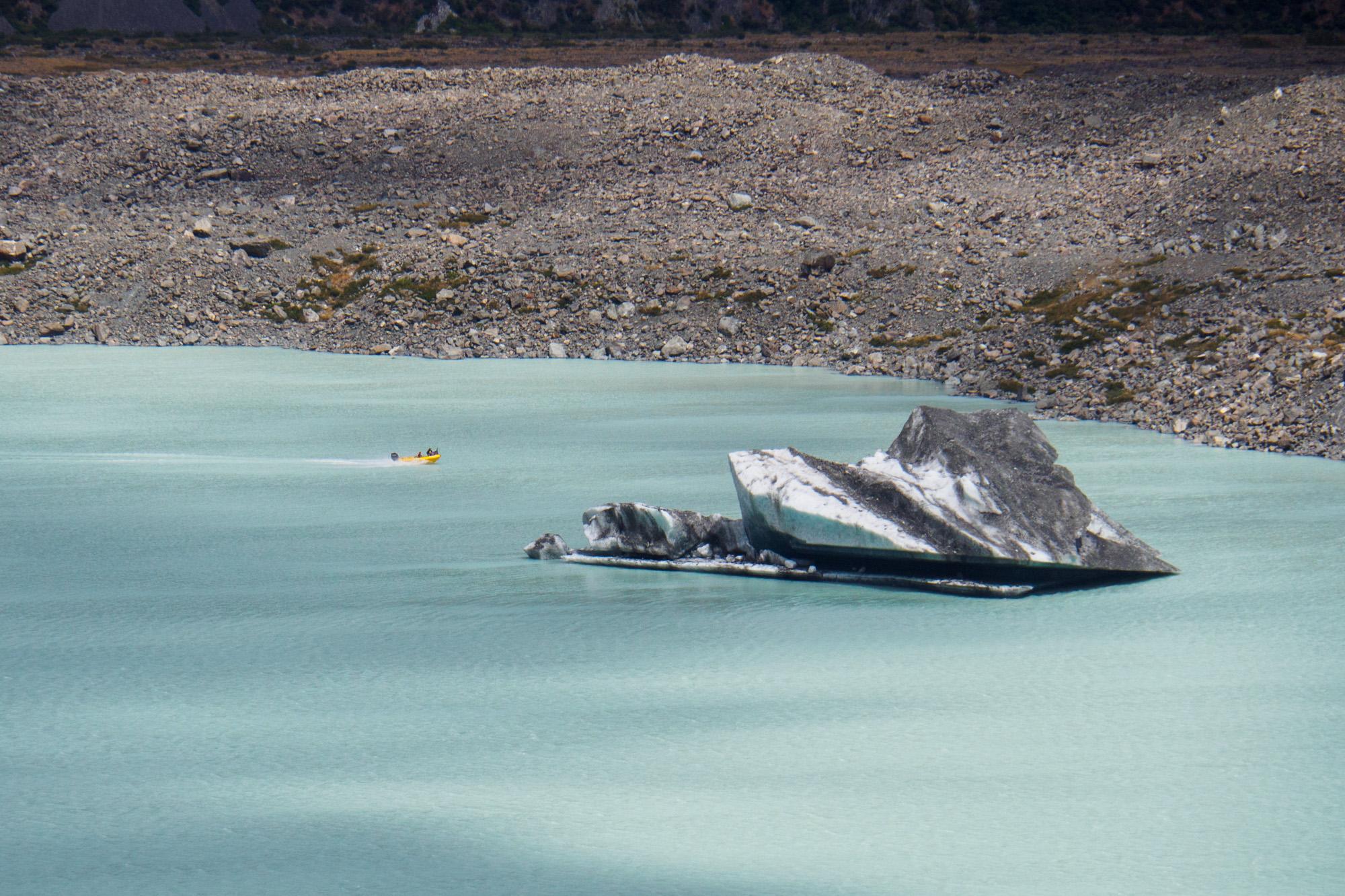 Aoraki Mt Cook Nationalpark - Eisscholle im Tasman Lake