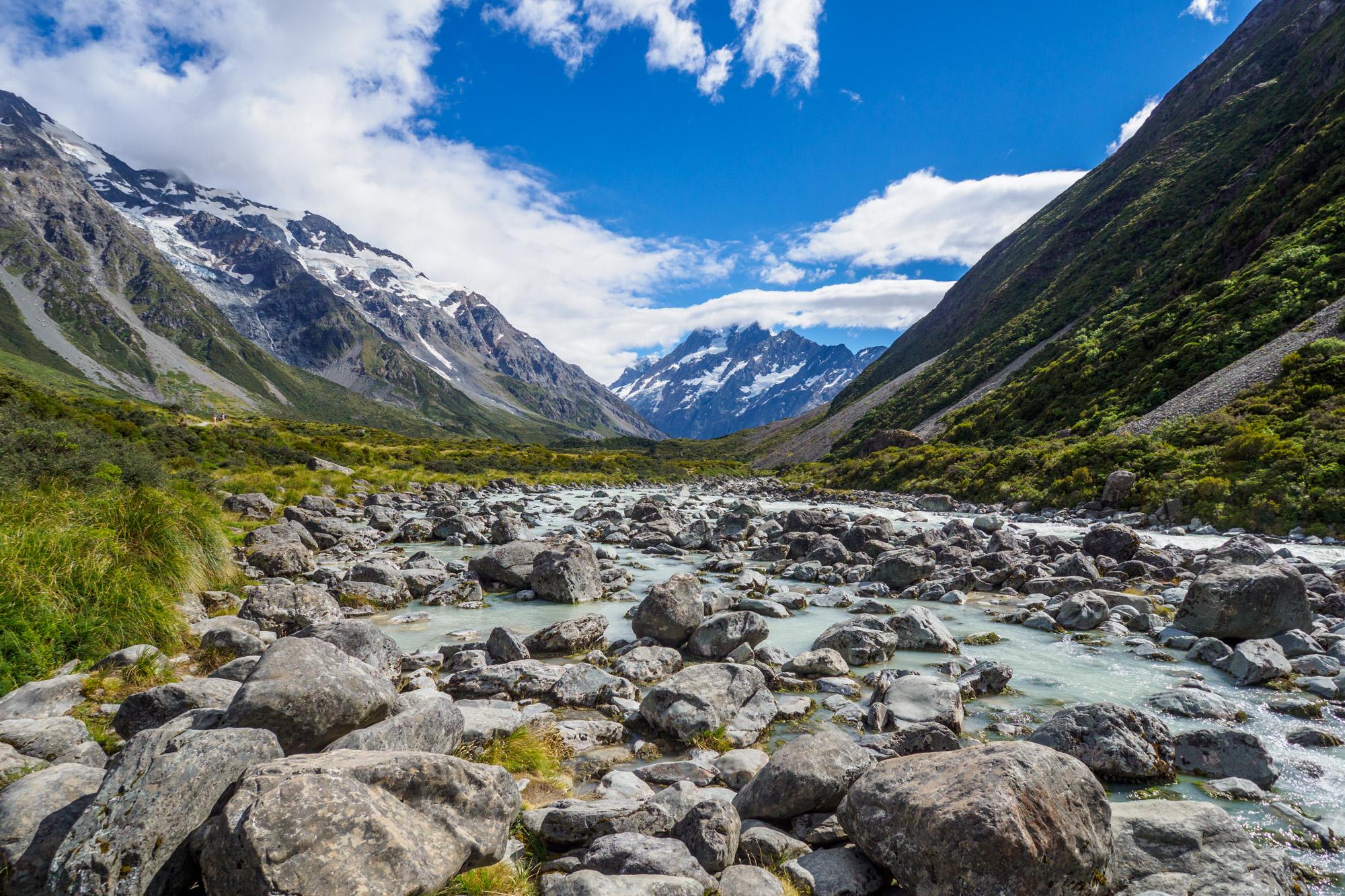 Aoraki Mt Cook Nationalpark - Hooker Valley und Aoraki Mt Cook im Hintergrund