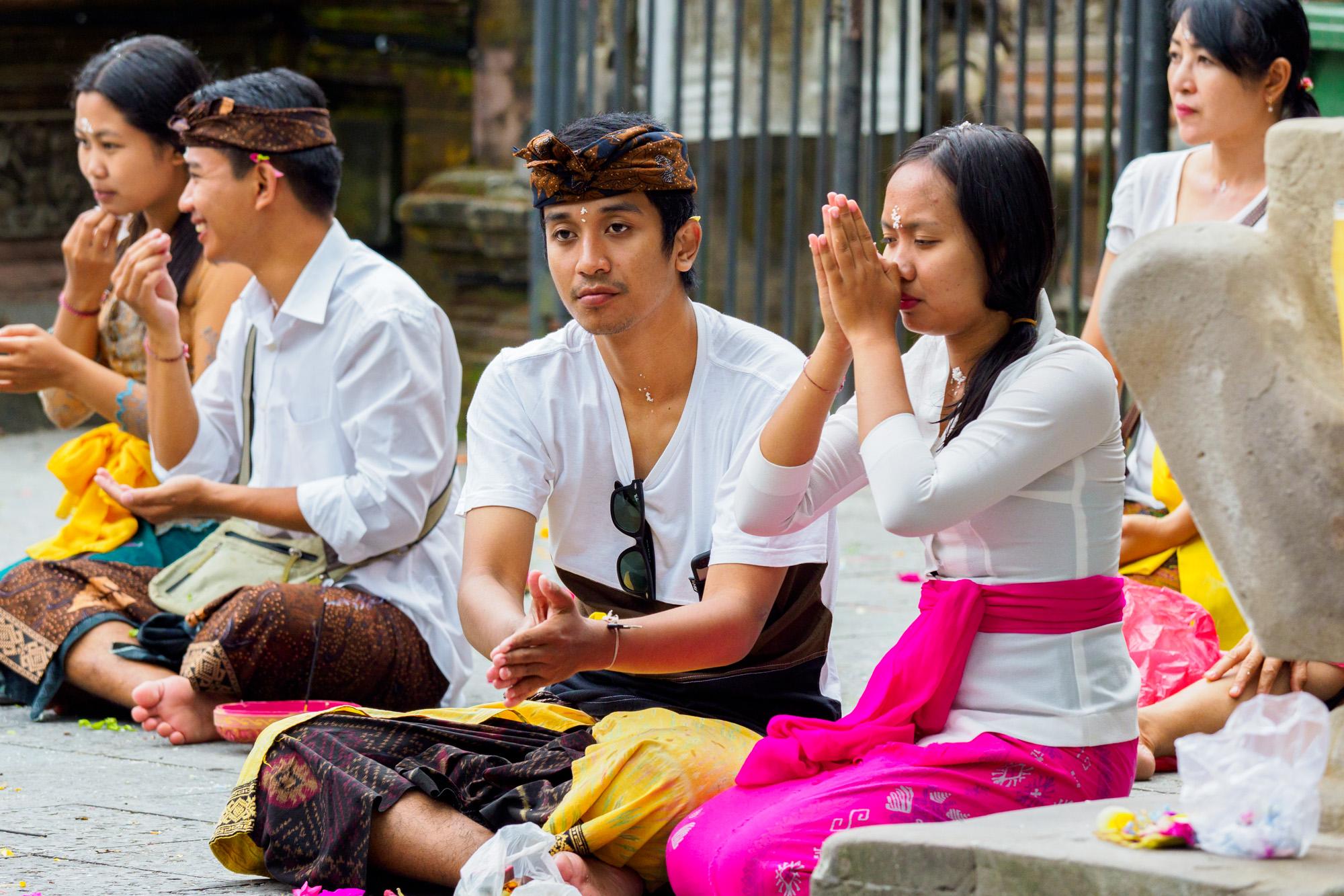 Ubud - Betende Hindus